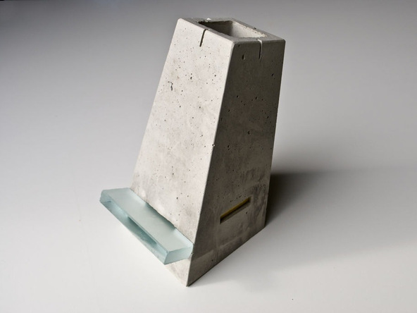 Step 10.3, Glass Ledge - iPad Easel | CHENG Concrete Exchange