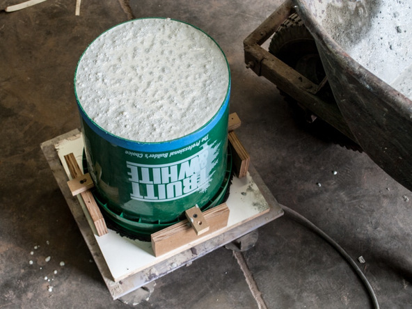 Step 9.2, Fill the Form - 5-Gallon Bucket Storage Stool Pro-Formula | CHENG Concrete Exchange
