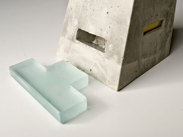 Step 10.2, Glass Ledge - iPad Easel | CHENG Concrete Exchange