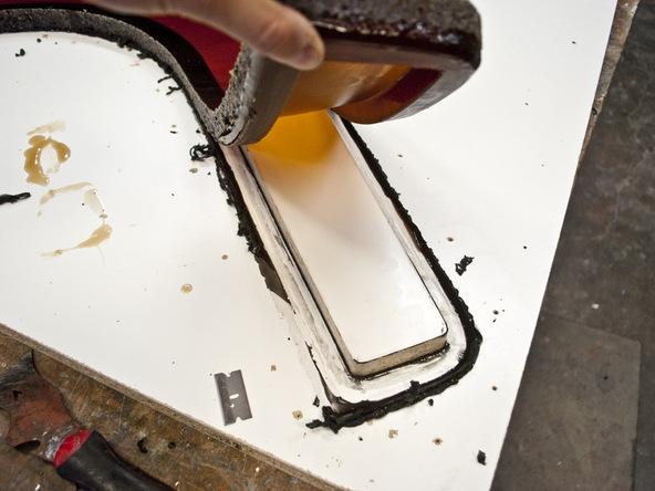 Casting Rubber Mold Step 5.1 - Bent Concrete Side Table | CHENG Concrete Exchange