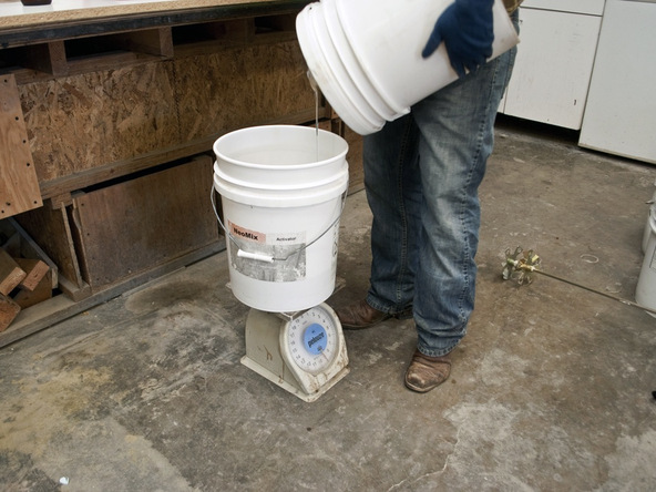 Mixing Rubber Step 3.1 - Bent Concrete Side Table | CHENG Concrete Exchange