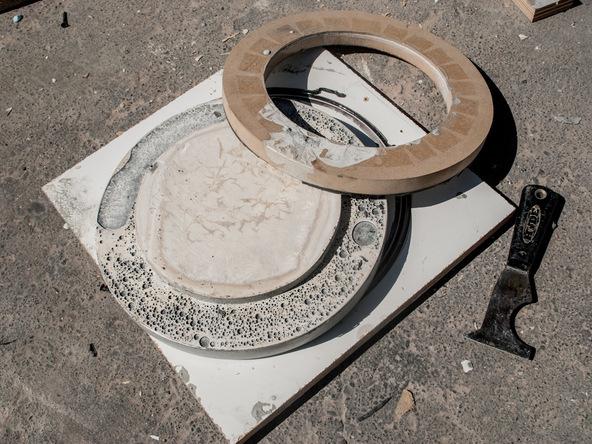 Step 15.3, Demold the Lid - 5-Gallon Bucket Storage Stool Pro-Formula | CHENG Concrete Exchange