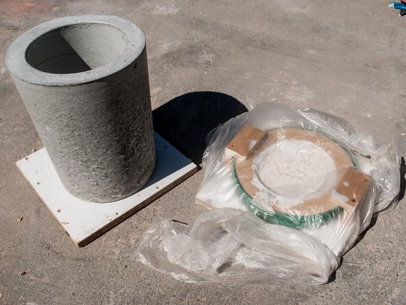Step 13.3, Remove Knockout - 5-Gallon Bucket Storage Stool Pro-Formula | CHENG Concrete Exchange