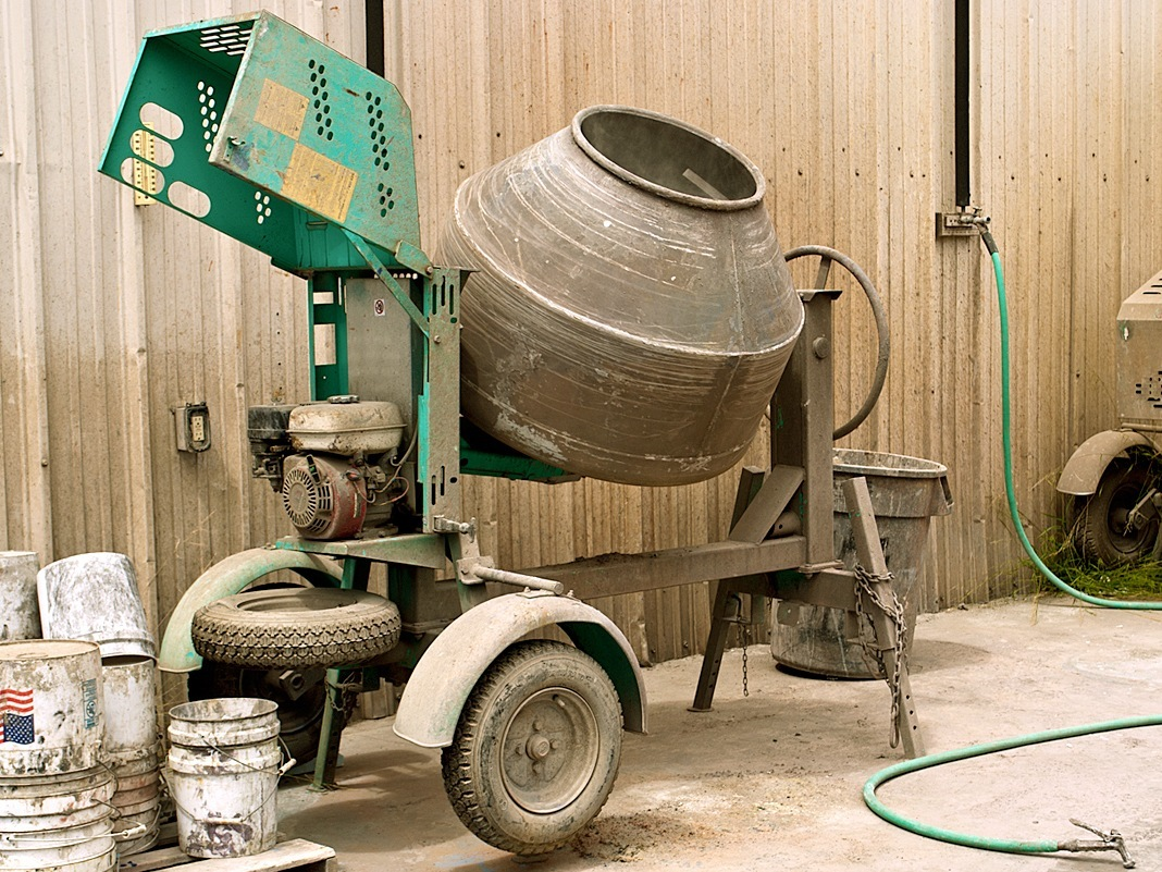 Mixing Concrete in a Drum Mixer | CHENG Concrete Exchange