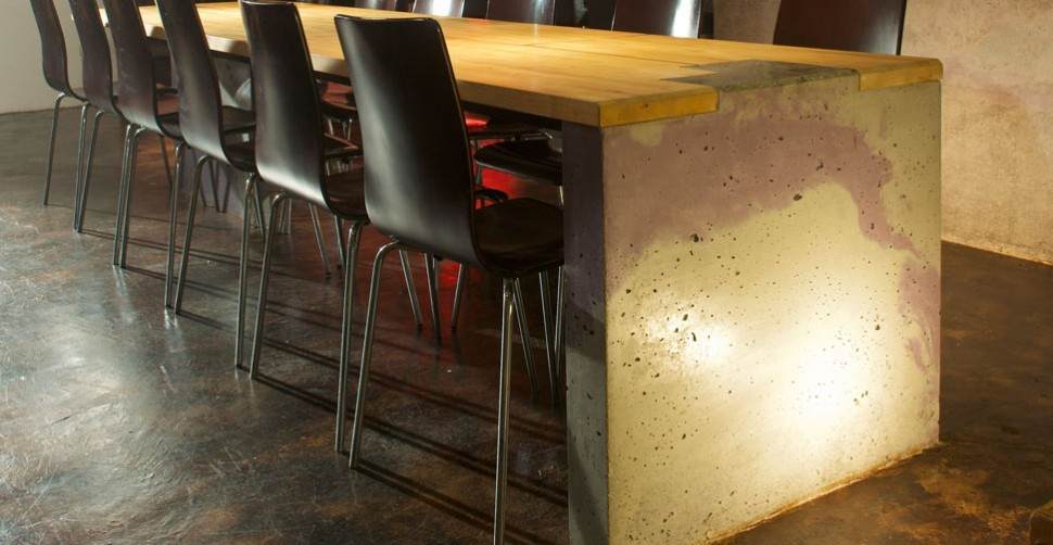 Concrete table wall and bar by Sean Diunston | CHENG Concrete Exchange