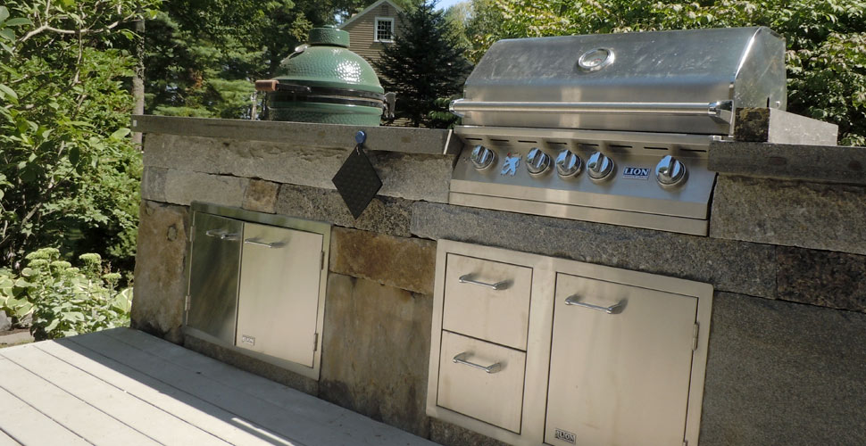 Outdoor Concrete Kitchen by Bruce Sullivan | Concrete Exchange